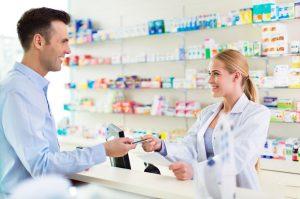 Quais os principais aspectos de controle e legislação para farmácias?